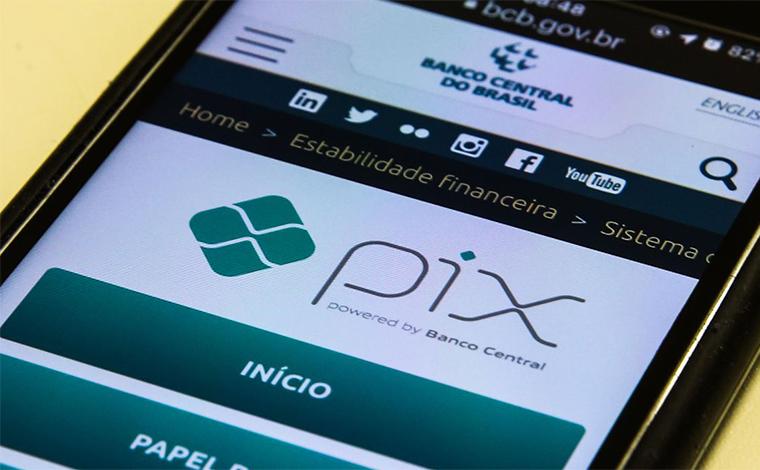 Conta salário poderá ser movimentada por Pix em breve
