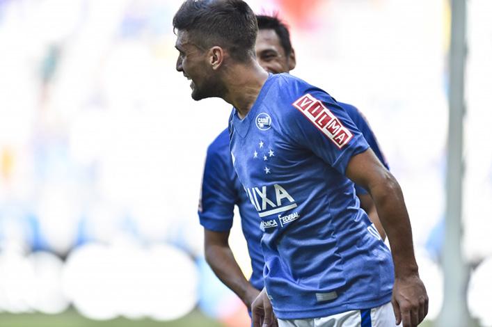 Cruzeiro vacila contra o Santos e dá adeus ao Z6 do Brasileirão
