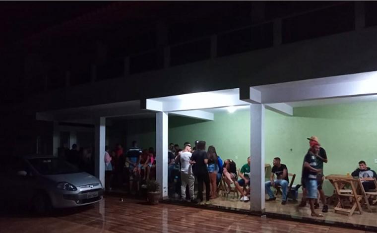 PM encerra baile com cerca de 60 pessoas no distrito de Lontrinha em Sete Lagoas
