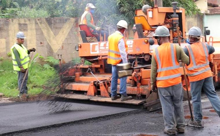 Obras de drenagem e pavimentação tem continuidade nos bairros de Fátima e Boa Vista em Sete Lagoas