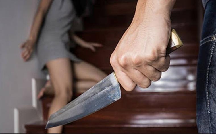 Segurança esfaqueia a ex-esposa na frente da filha no bairro Santo Antônio em Sete Lagoas