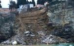 Cerca de 200 caixões caem no mar após deslizamento de terra em cemitério na Itália