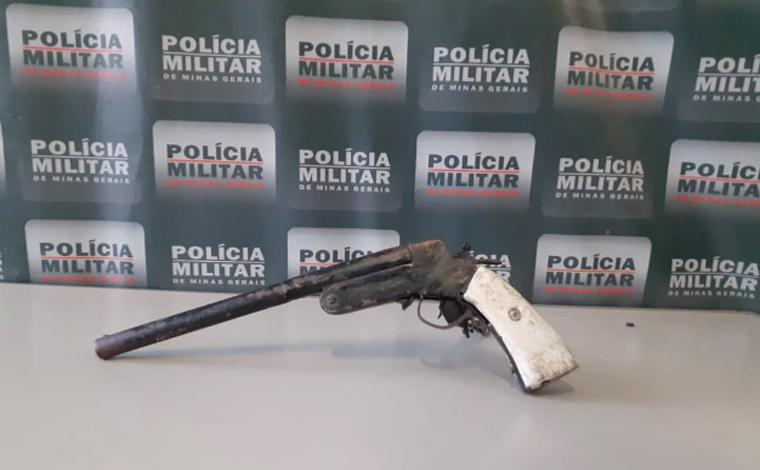 Polícia Militar apreende arma de fogo com mulher, após ameaças a familiares no bairro Itapoã