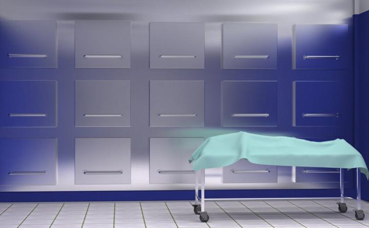 Homem declarado 'morto' devido acidente de motocicleta volta à vida na mesa de autópsia