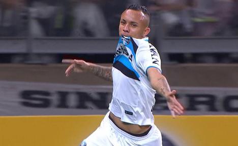 Irreconhecível, Galo perde em casa e frustra torcida na final da Copa do Brasil
