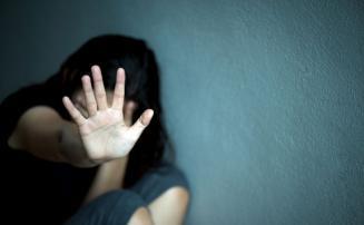 Homem estupra cunhada grávida e ainda agride a esposa com pedaço de madeira no interior de Minas