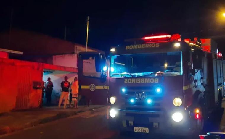 Taxista morre prensado pelo próprio carro durante manutenção no veículo em Araxá
