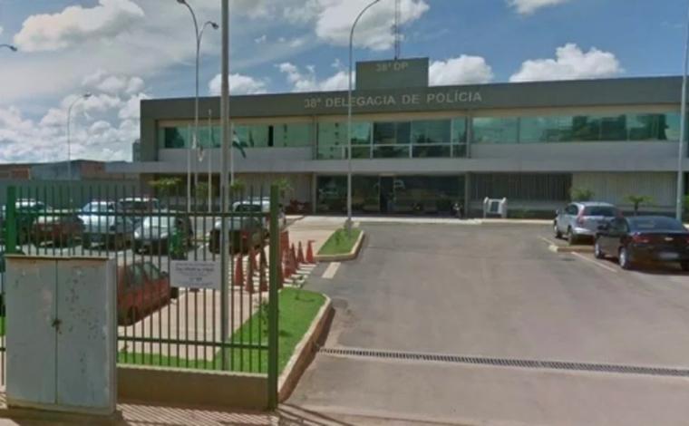 Homem é preso por manter tia idosa em cárcere privado para 'protegê-la' do coronavírus