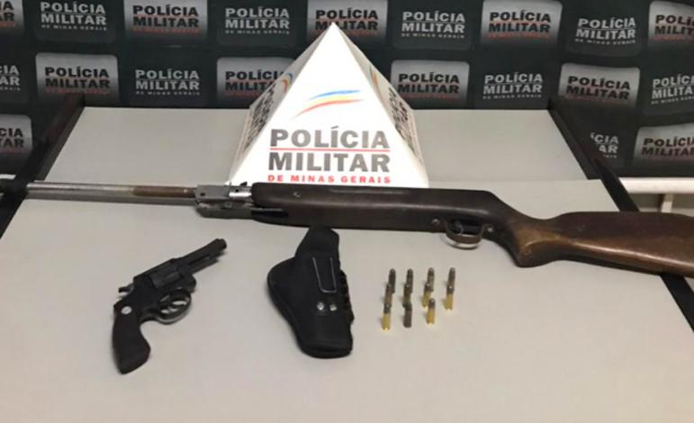Polícia Militar prende idoso por posse ilegal de arma de fogo no bairro Santo Antônio