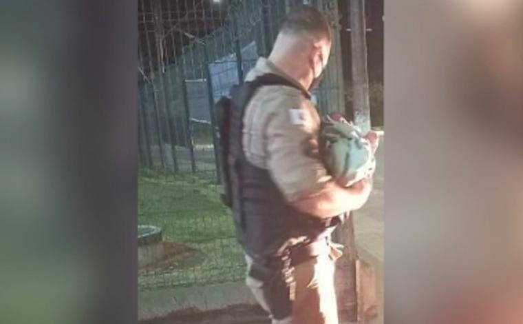 Policiais militares salvam recém-nascido engasgado com leite materno em Pedro Leopoldo