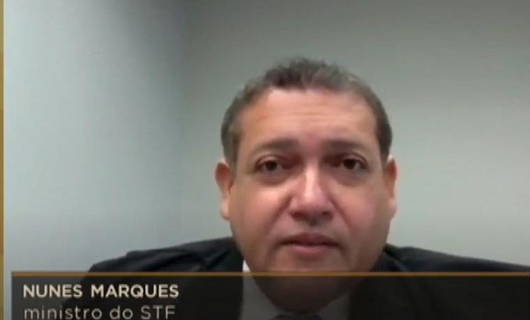 Nunes Marques intima Kalil a cumprir decisão que permite cultos e missas presenciais