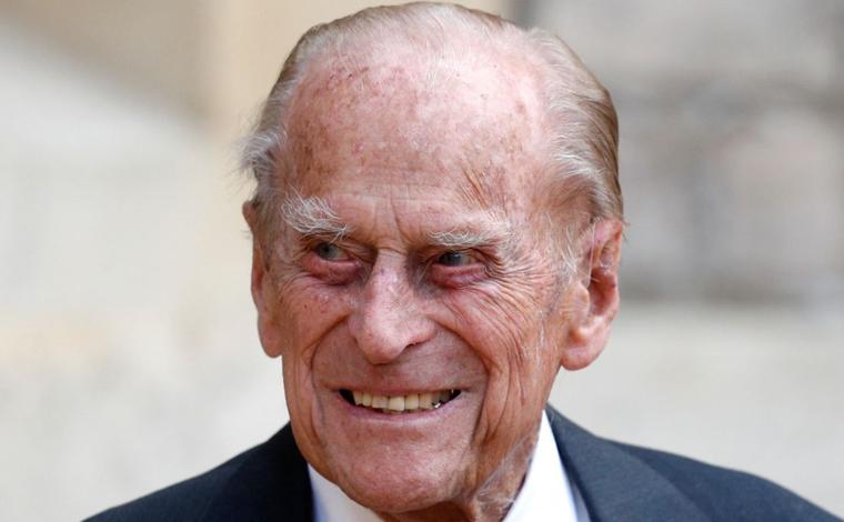 Príncipe Philip, marido da rainha Elizabeth II, morre aos 99 anos no Castelo de Windsor
