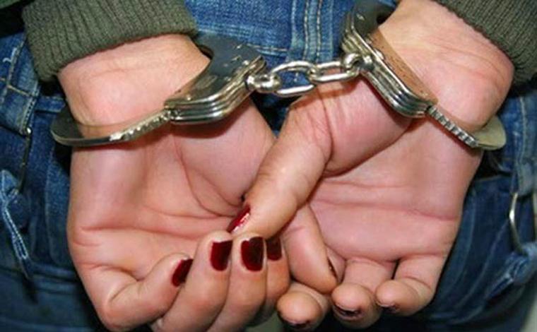Mulher é presa suspeita de esfaquear marido para se defender de agressão em Lagoa Santa
