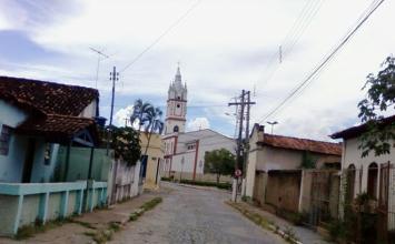Criança de um ano morre afogada em caixa d'água no quintal de casa no interior de Minas