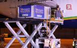 Remessa de 3,8 milhões de doses da Oxford/AstraZeneca chega ao Brasil