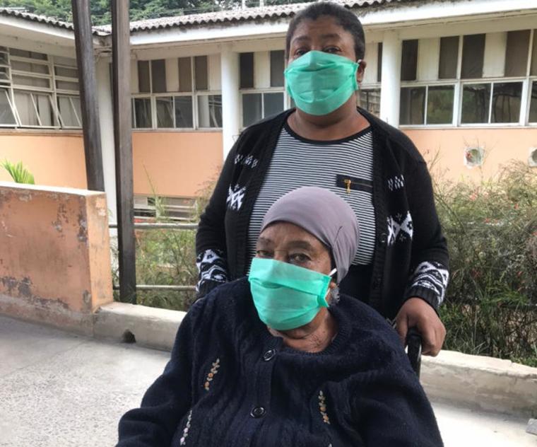 Mães relatam emoção de superar Covid-19 e retornar para a família