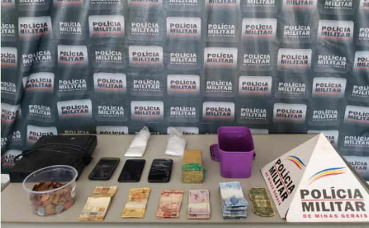 PM cumpre mandados de busca e apreensão e prende 3 pessoas com drogas e arma em Sete Lagoas