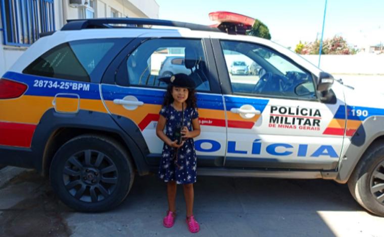 Criança de 5 anos que sonha em ser policial visita 25º Batalhão de Polícia Militar de Sete Lagoas