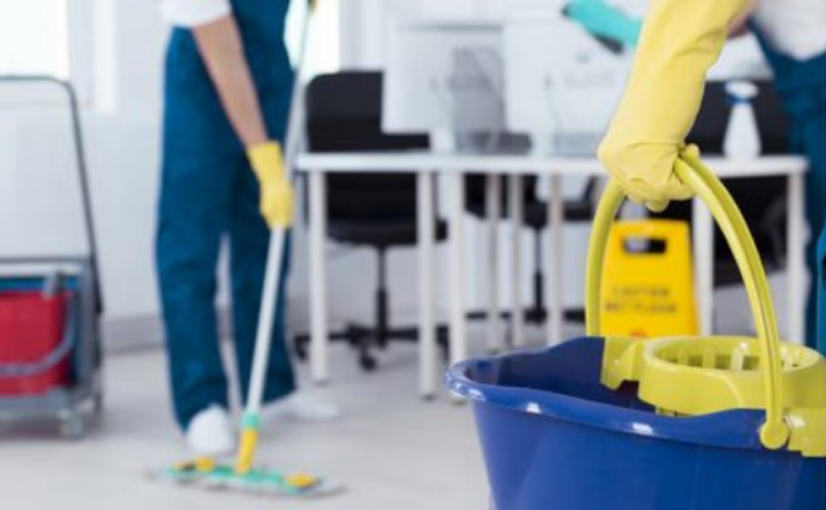 Empresa de Sete Lagoas oferece vaga de emprego para Auxiliar de Serviço Gerais