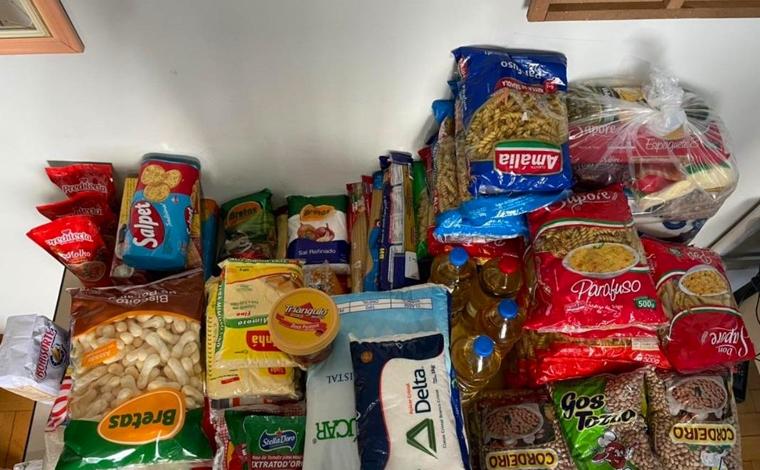 Servidores da SMASDH doam alimentos para apoiar famílias vulneráveis de Sete Lagoas