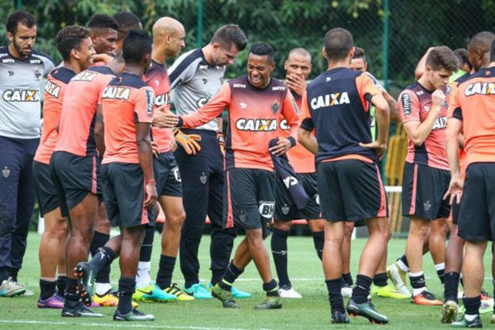 Galo viaja nesta terça (6) para decisão da Copa do Brasil em Porto Alegre