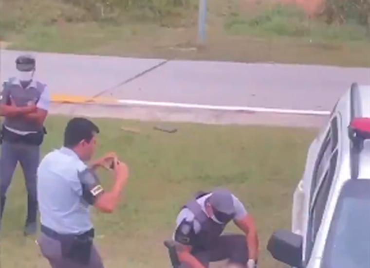 Homem é flagrado transportando crânio do irmão dentro de ônibus em São Paulo