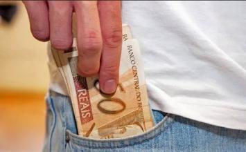 Governo de Minas publica decreto que prevê pagamento de auxílio emergencial de R$ 600