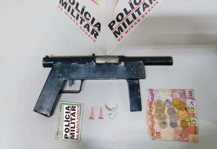 Homem é preso em flagrante por tráfico de drogas e porte ilegal de arma de fogo em Pedro Leopoldo
