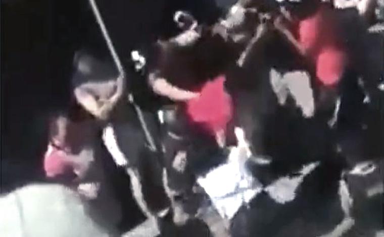 Vídeo - mulher grávida agredida